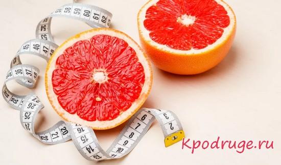 Грейпфрут и сантиметровая лента