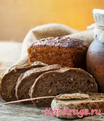 Ломтики черного хлеба