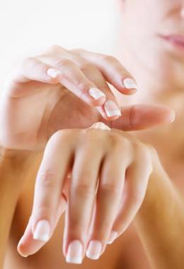 «Мастерим» крем для рук: рецепты смягчающих смесей