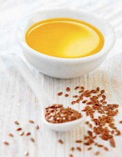Льняное масло для коррекции веса: «дозу» принимай – кило теряй