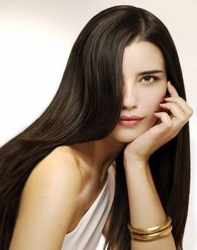 Как кератиновое выпрямление волос «запечатает» гладкость?
