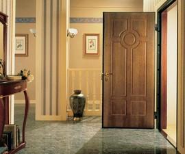 Входная дверь из металла: критерии выбора