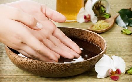 Парафиновые ванночки для рук: омоложение кожи